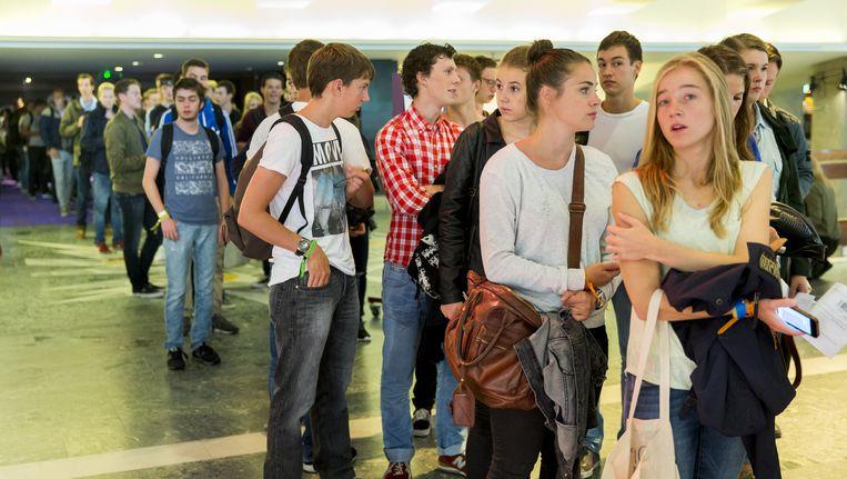Aankomende studenten van de Erasmus Universiteit Rotterdam maken kennis met elkaar en de universiteit. Foto ter illustratie. Beeld anp
