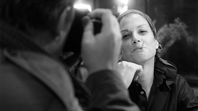 Marie Bäumer, ijselijk goed gelijkend op Romy Schneider, kruipt in '3 Tage in Quiberon' in de huid van de Duitse actrice. Beeld TRBEELD