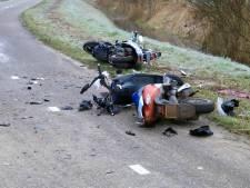 Snorfietser uit Helmond 'vecht voor zijn leven' na botsing met brommer in Beek en Donk