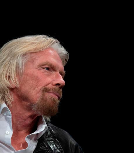 Richard Branson prévoit son propre voyage spatial d'ici juillet