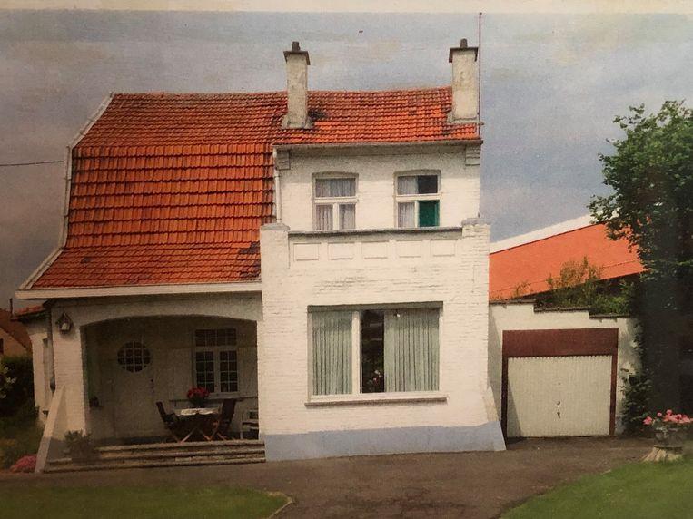 Op dit huis in de Van Akenstraat is de kerststal gebaseerd.