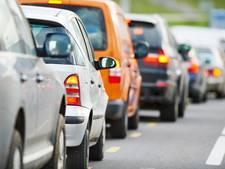 Bewegwijzering leidt auto's om centrum Renesse heen