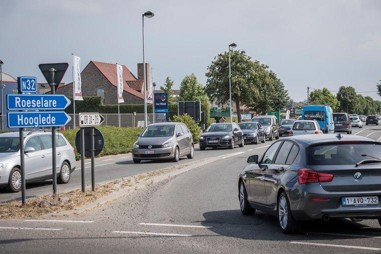 De rotonde tussen Lichtervelde, Gits, Torhout, en Sint-Henricus gaat gefaseerd dicht voor werken in februari. Al zal de meeste hinder al in oktober starten.