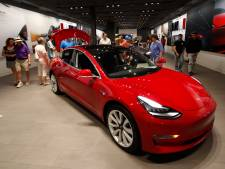 Bijna alle Tesla's worden duurder, om de winkels open te houden