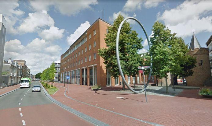 Het voormalige kantoor Marktstate van de provincie Gelderland wordt een viersterrenhotel.
