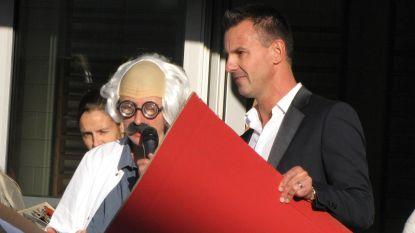 """Nieuwe directeur krijgt warm onthaal op eerste schooldag: """"Samen met kinderen boek van het schooljaar schrijven"""""""