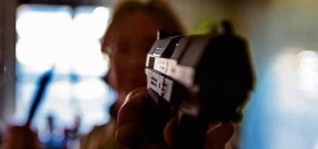 Ulvenhouter die geladen pistool in auto bewaarde raakt wapenvergunning kwijt