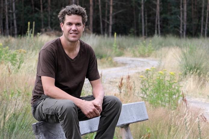 Roy van Boekel in een van de 'boskamers' in Schaijk.