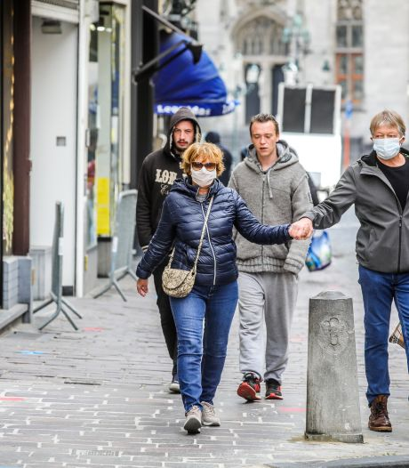 Brugge verplicht mondmasker in alle stadsgebouwen