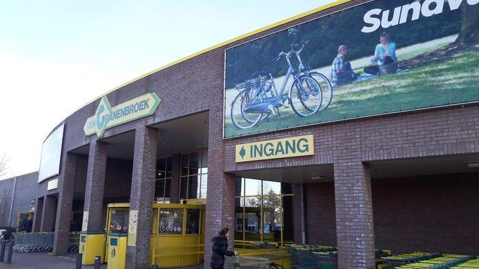 Van Cranenbroek in Schijndel moet stoppen met de verkoop op extra vierkante meters van branchevreemde goederen, zoals fietsen en kleding.