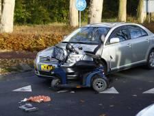 Bestuurder scootmobiel gewond na aanrijding in Hattem