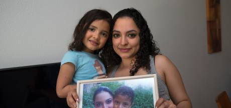 Zoon Josue (11) bleef achter toen Ana met haar dochter naar Nederland vluchtte, wie betaalt zijn reis?