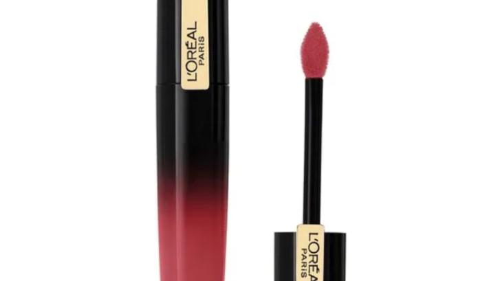 """TEST BEAUTÉ: l'encre à lèvres laquée """"Brilliant Signature"""" de L'Oréal"""