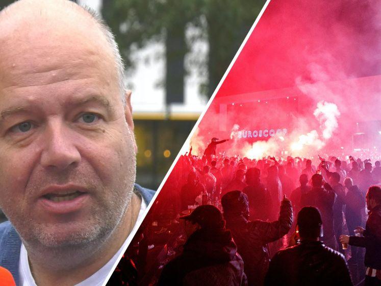Clubwatchers vanaf 'plaats delict': 'Nelom is rampzalig als rechtsback'