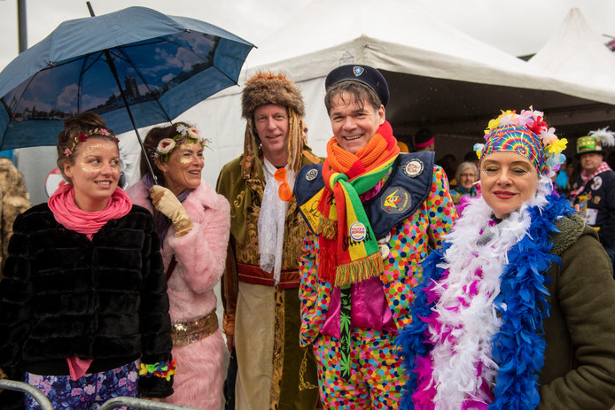 Een eerdere editie van de grote carnavals optocht in Prinsenbeek, Boemeldonck.