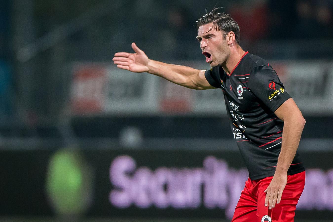 Sander Fischer afgelopen seizoen in een coachende rol, en in de basis.