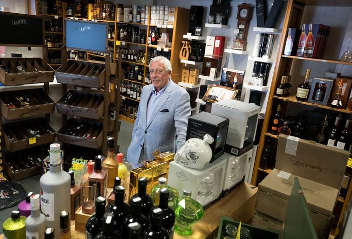 """Hans van Run, de oprichter van Wijnhuis Helmond. ,,De vijftig jaar zijn voorbij gevlogen. Raar eigenlijk, hoe snel dat gaat."""""""