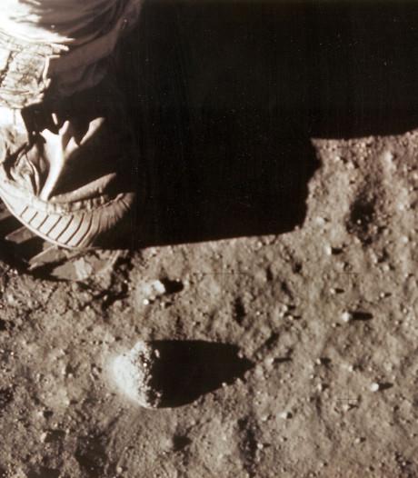 Maansteenjager spoort verdwenen aandenkens aan Apollo 11-missie op