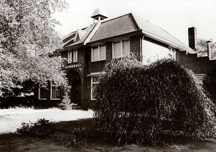 Verpleegtehuis Eureka in Hapert, gefotografeerd in 1984.