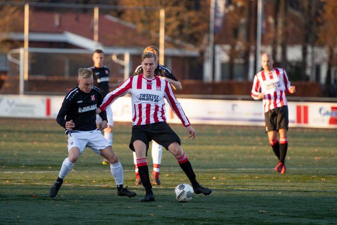 Dit seizoen troffen de zaterdagteams van de vermaarde zondagclubs Rigtersbleek en Tubantia elkaar.