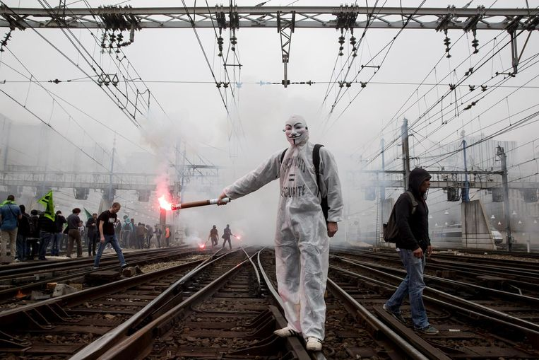 Acties tegen hervormingen van de spoorwegen op 6 juni 2016 Beeld getty