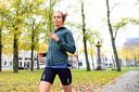 Hardloopster Emmy Maas is een van de deelneemsters aan de thuiseditie van de Van Oers marathon van Etten-Leur.