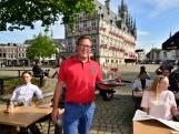 Terrassenpuzzel voor Markt is gelegd: Dubbel zoveel ruimte, maar niet meer stoelen