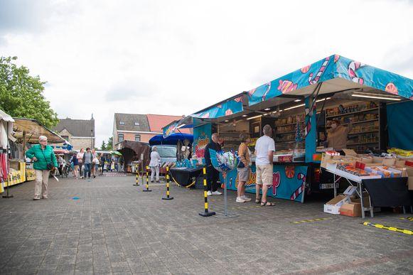 De zaterdagmarkt in Hamme