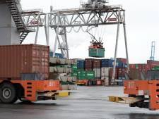 Uithalers van drugs op ECT-terrein in Rotterdamse haven aangehouden, volgens getuigen zijn schoten gelost
