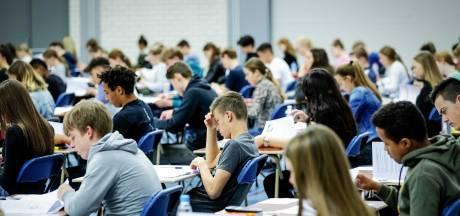 Onderwijsplannen: smeer eindexamens vanwege corona uit over drie maanden en maak lerarenopleiding gratis