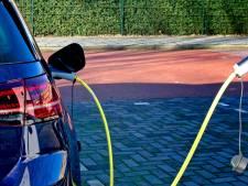 Elektrische auto zorgt voor recordomzet in autoverkoop