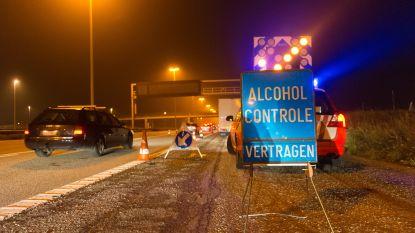 Politie voert 367 alcoholcontroles uit: vijftien bestuurders blazen positief