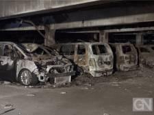 Duitse politie houdt tientallen auto's vast na brand op vliegveld Münster