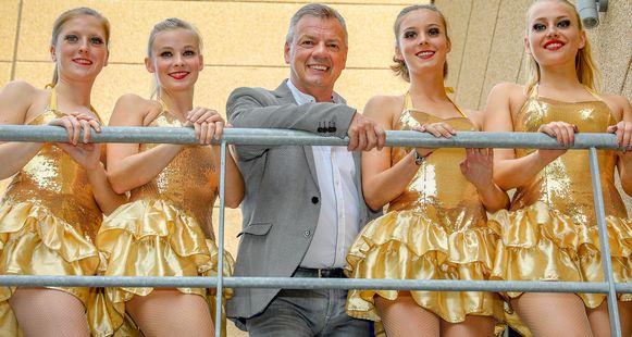 Paul Bruna treedt vaak op met showballet Diva.