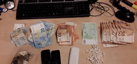 Drugsdealer met 57 bolletjes op zak aangehouden in Eindhoven