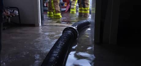 Waterleidingbreuk leidt tot grote schade aan Needse woning