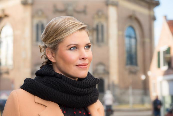 Franca Treur bij de Oostkerk.
