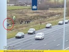 Auto in de sloot langs A2 bij Maarssen