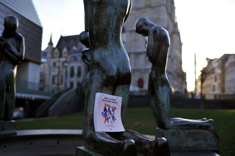 Doorheen de stad werden tweehonderd scheurkalenders verspreid, voor de lancering van Gent Leest.