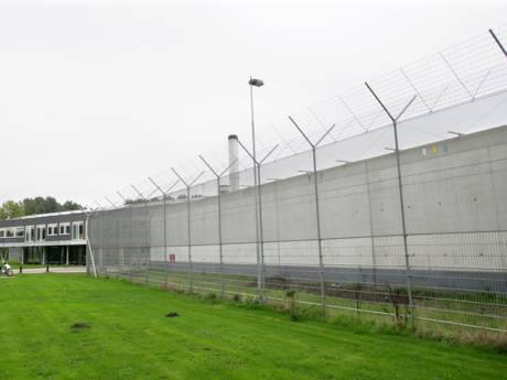 Tbs-kliniek stuurt omstreden groepsleider weg die in gevangenis handelde in drugs en telefoons