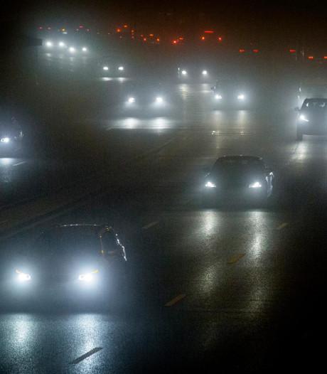 KNMI waarschuwt voor 'gevaarlijke en verraderlijke' mist in Overijssel en Flevoland