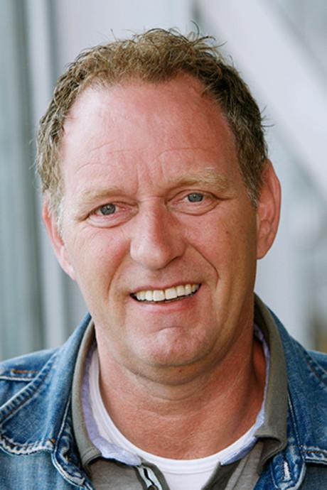 Weerpraatje Piet Paulusma bij voorbereidingen jeugdcorso Sint Jansklooster