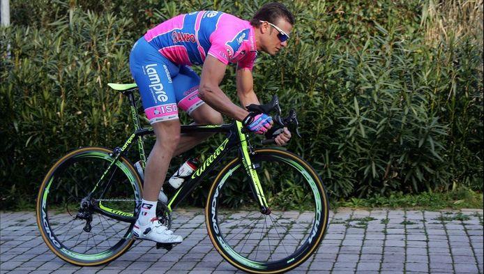 Un autre coureur avait été concerné par cette enquête, Alessandro Petacchi, coéquipier de Bernucci au sein de l'équipe Lampre qui n'avait pas voulu répondre aux enquêteurs et qui depuis nie toute implication par l'entremise de ses avocats.
