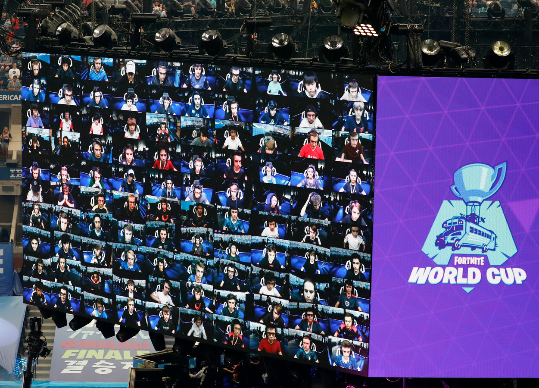 Door het WK Fortnite van 2019 werd Nederlander Dave 'Rojo' Jong plotsklaps miljonair, maar ook andere Nederlandse gamers doen het goed binnen esports. De 10 best verdienende gamers haalden samen enkele miljoenen euro's aan prijzengeld op.