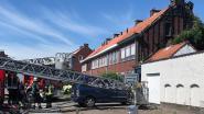 Gevel en dak beschadigd door kleine brand bij roofingwerken