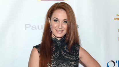 Na zware druk op de social media: blanke zangeres zegt rol van Maria uit 'West Side Story' af