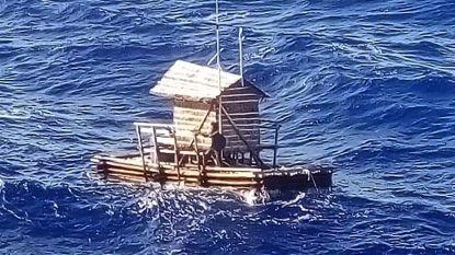 Tiener slaat op drift met vissershut en overleeft 49 dagen alleen op zee