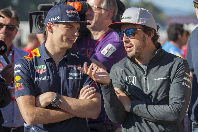 Max Verstappen en Fernando Alonso op archiefbeeld.
