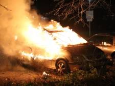 Dertien aanhoudingen in Den Haag na nacht vol vuurwerk en branden, totaal staat na een week op bijna 40