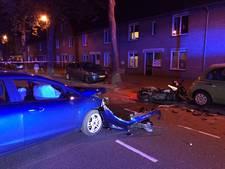 Motorrijder naar ziekenhuis na botsing op Tongelresestraat Eindhoven